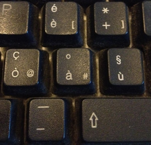 AT symbol on an Italian keyboard
