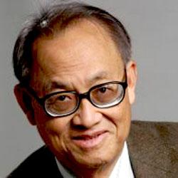 Leon Chua picture